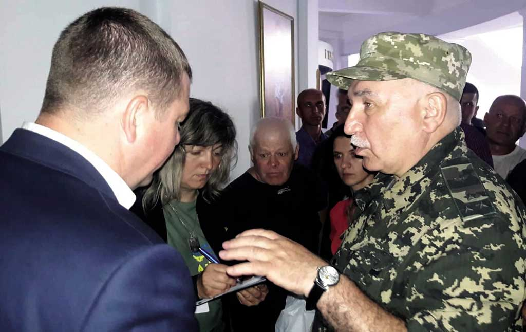 Звіт «найкращого губернатора», директорські бої за «Лікарню Тімірязєва» і «штурм Каноніка» – все це на одній сесії облради…
