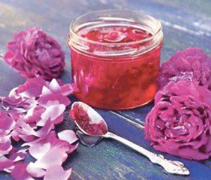 Готуємо смакоту для гурманів: Варення із пелюстків троянди корисне жінкам