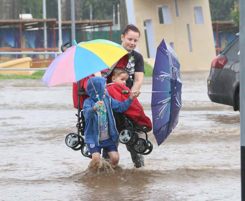 Дощ затопив вулиці Вінниці (фоторепортаж)