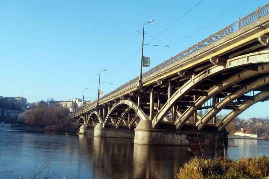 7 липня повністю перекриють київський міст у Вінниці…