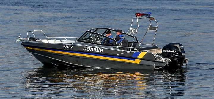Поліцейський катер слідкуватиме за порядком на вінницьких пляжах