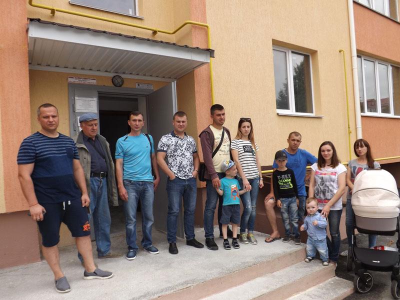 «Ми сплатили за житло по півмільйона гривень! Й досі не можемо отримати квартири!» В Агрономічному – «Еліта-центр» по-вінницьки?