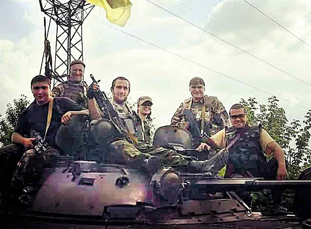 «Чотири роки тому я зустріла тебе» – про те, як доброволець ато марія вітер зустрілась із чоловіком – засновником та командиром «Донбасу» Валерієм Бурлаєвим, розповідає вінничанка