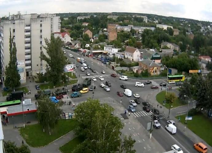 Чому на вулиці Вінниці вийшла військова техніка?