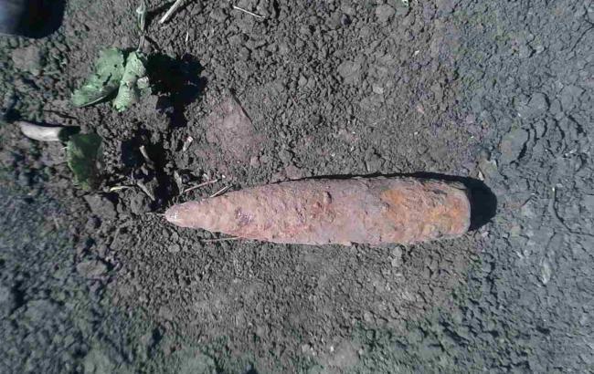 Снаряди знайшли неподалік залізниці
