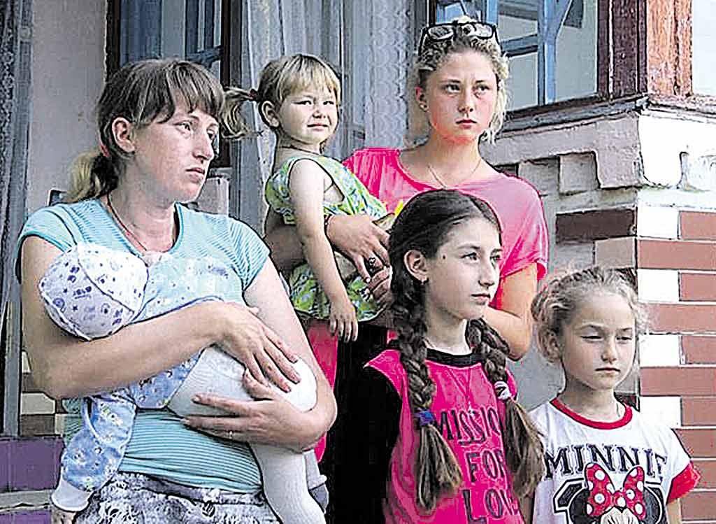 Маму, 5 дітей та кота Мурчика врятували під час пожежі сусіди