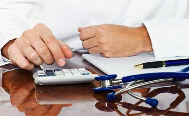 Зарплати у 21-22 тисячі гривень отримали сімейні лікарі в Ямпільському районі та Ладижина