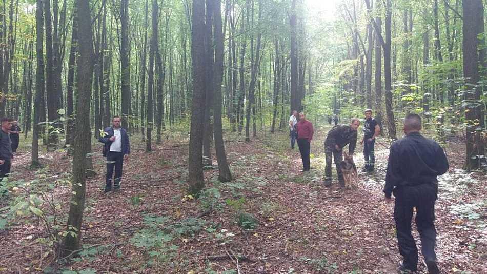Дідуся, якого шукали більше місяця в Хмільнику, знайшли мертвим у лісі