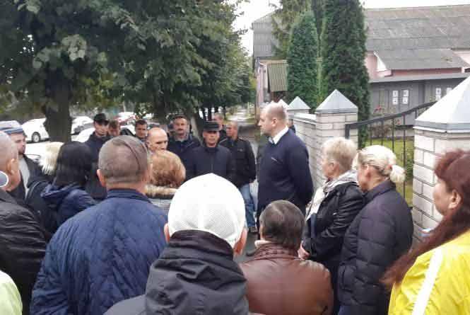 Чому у Хмільнику активісти ходили протестувати до поліції?