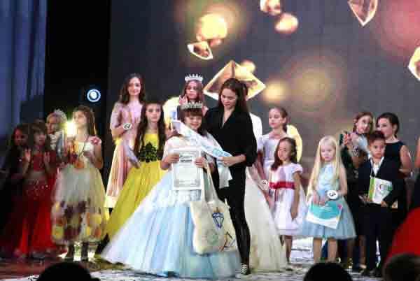 «Сонячна» дівчинка з Вінниці тріумфувала на міжнародному конкурсі
