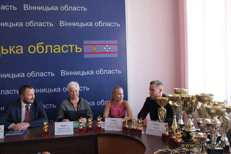 Танцівники-двійнята з Вінниці привезли медалі із Чемпіонату світу