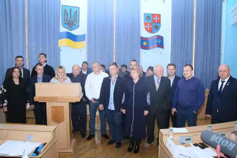 Щербаківська назвала Коровія брехуном. Із блокуванням трибуни пройшла сесія Вінницької облради
