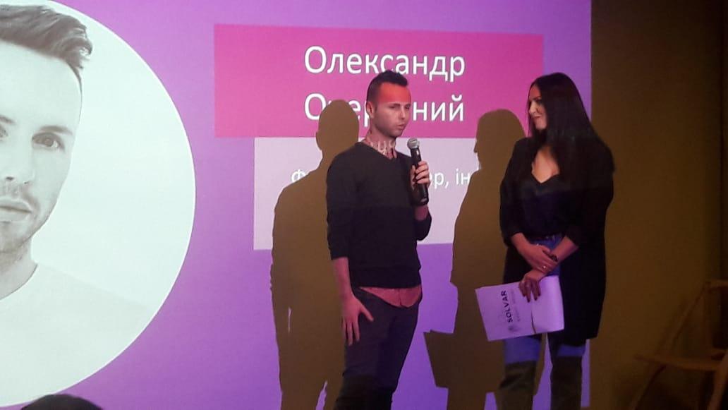 Повістки в АТО «гламурним блогерам» принесли фронтовики на паті #Yuccie та Руслана Анфілова у Вінниці (відео)