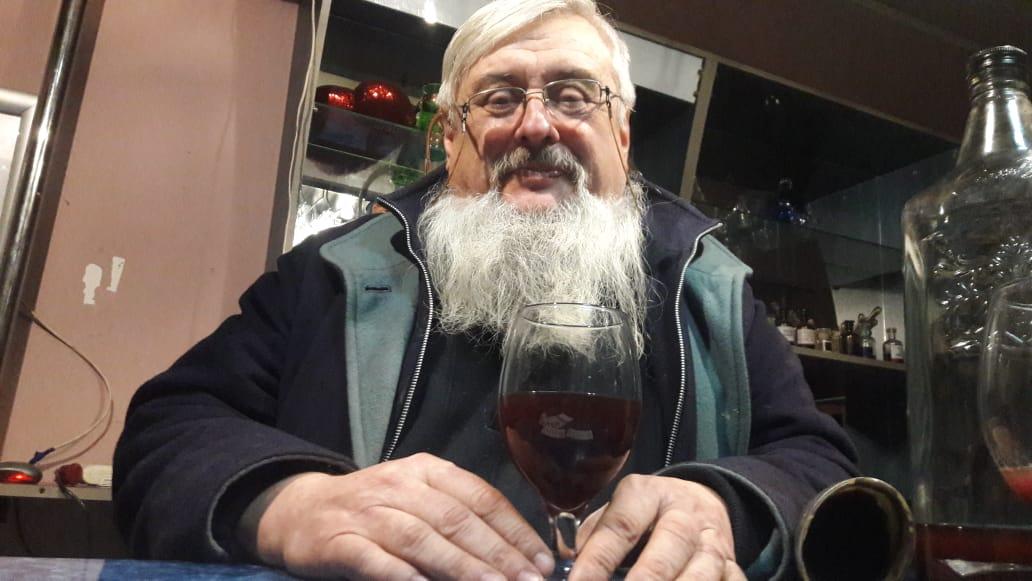«Тільки в Цекинівці» – шалений коктейль вино + самогонка – Саша Шемет про смаки і дива фестивалю «Вино і Голубці» на Ямпільщині (відео)