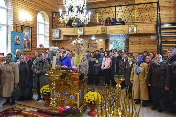 У Жабелівці освятили новий храм Казанської ікони Божої Матері