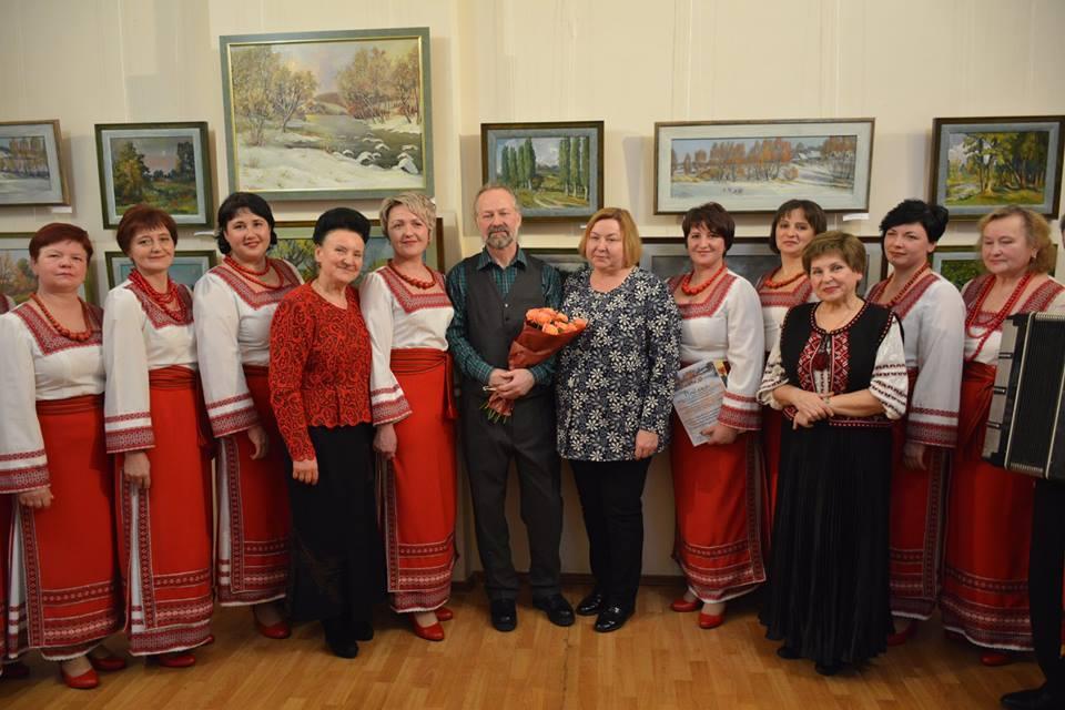 Художник з Погребищенського району створив 2500 картин і запрошує на свою нову виставку